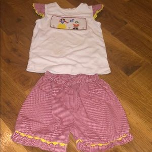 Other - Boutique Smocked Snow White Shirt Shirt Play Set